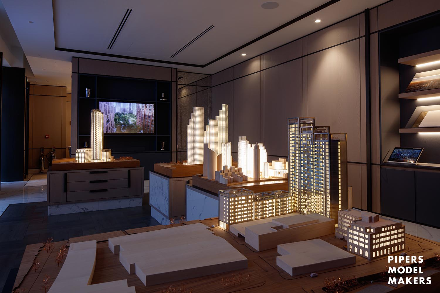 http://Queens%20Square%20R&F%20Properties%20Architectural%20Model