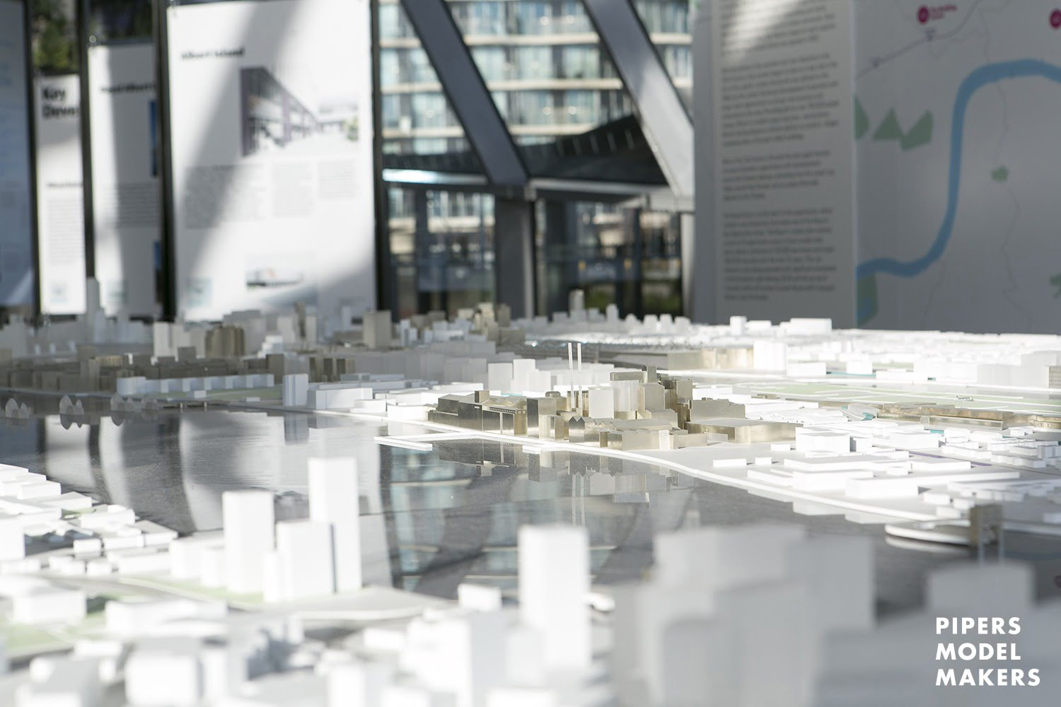 http://Royal%20Docks%20Greater%20London%20Authority%20Architectural%20Model